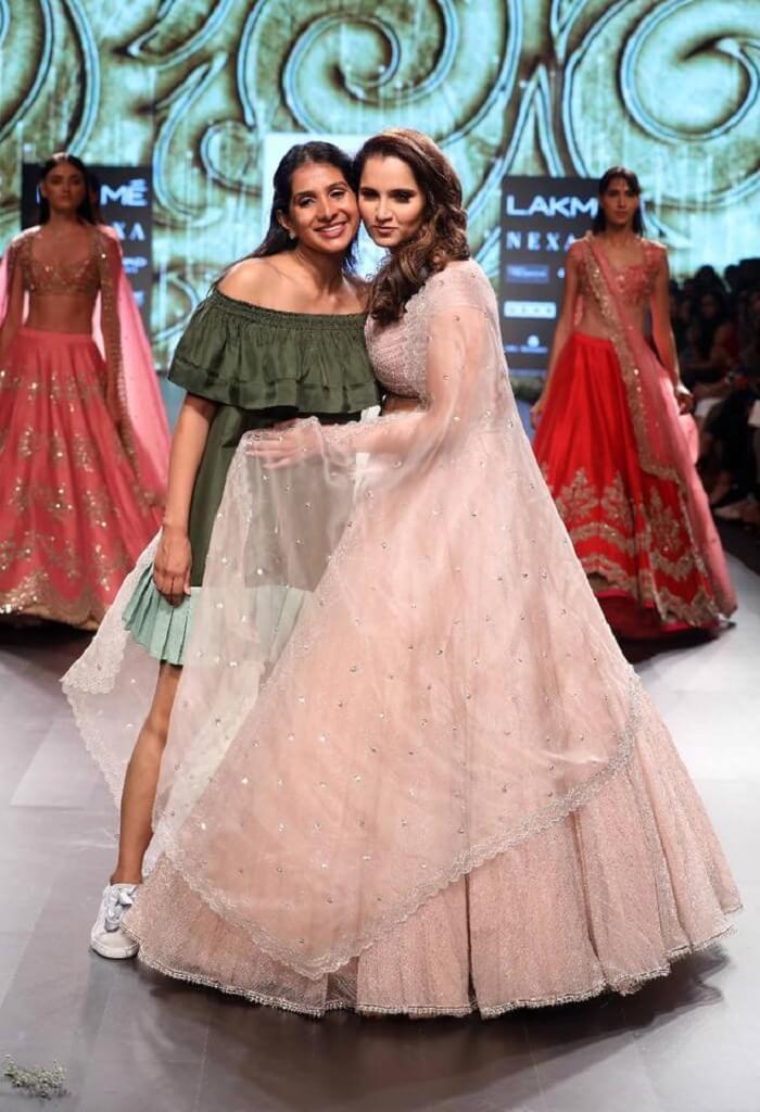 sania-mirza-lakme-fashion-week