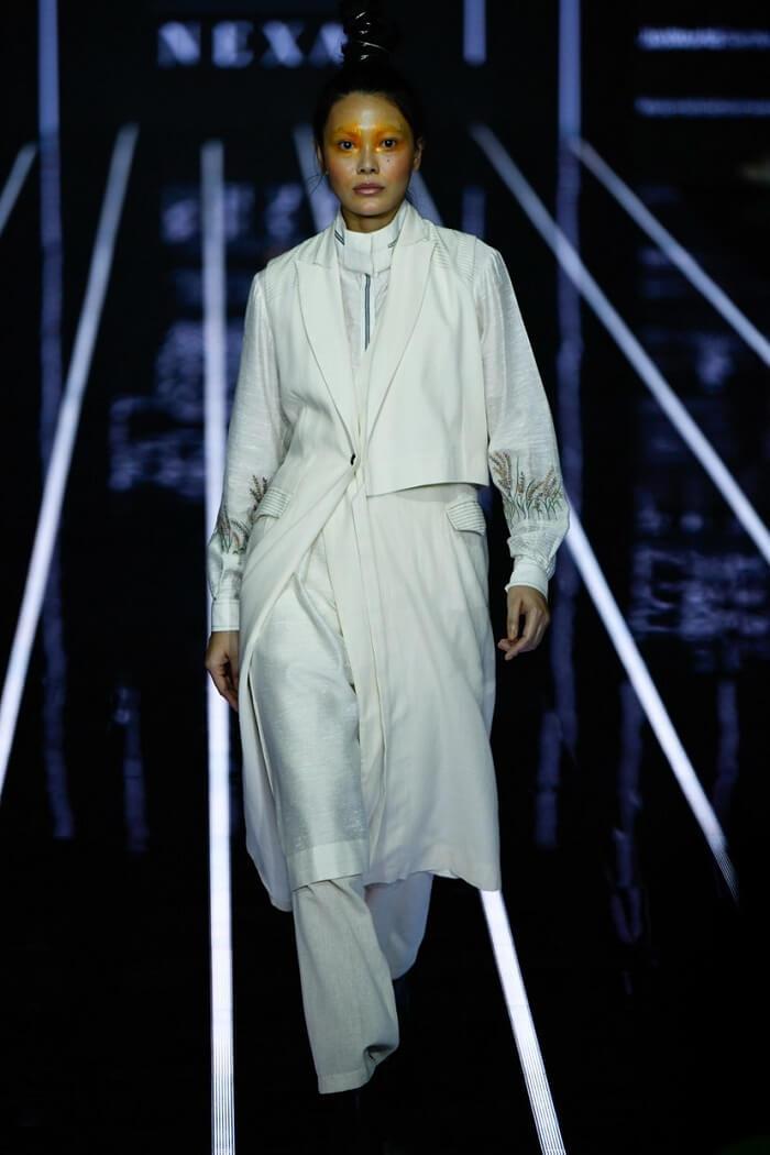 Reliance_Trends_Lakme_Fashion_Week_2020_Summer_Resort_Anurag-Gupta-Runway