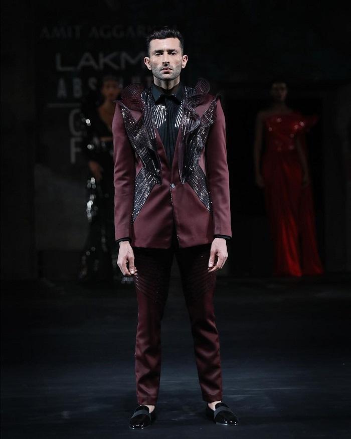 amit-aggarwal-collection-at-lakme-fashion-week-2020