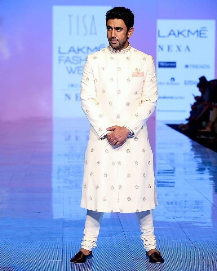 amit-sadh-at-lakme-fashion-week-2020