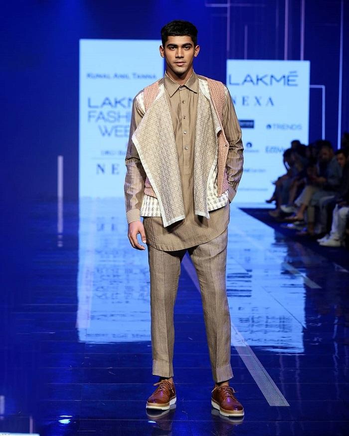 kunal-anil-tanna-collection-at-lakme-fashion-week-2020