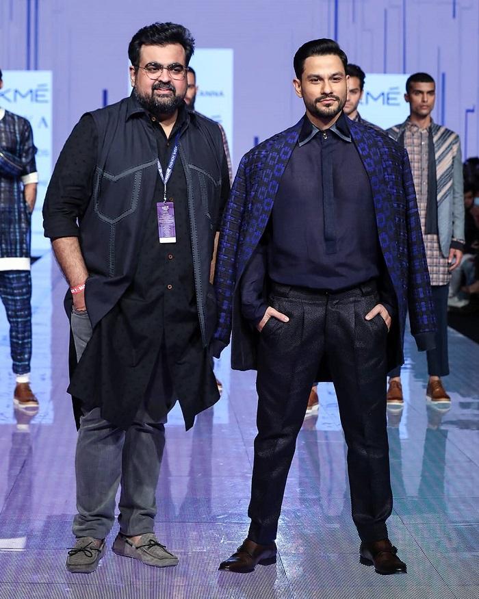 kunal-khemu-for-kunal-tanna-at-lakme-fashion-week-2020