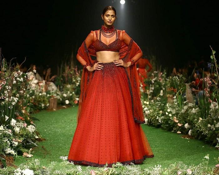 sunaina-khera-collection-at-lakme-fashion-week-2020