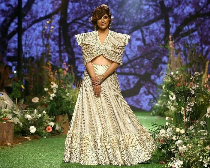 tahira-kashyap-at-lakme-fashion-week-2020