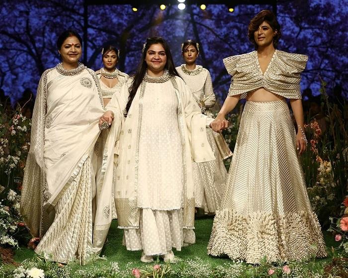 tahira-kashyap-for-pooja-shroff-at-lakme-fashion-week-2020