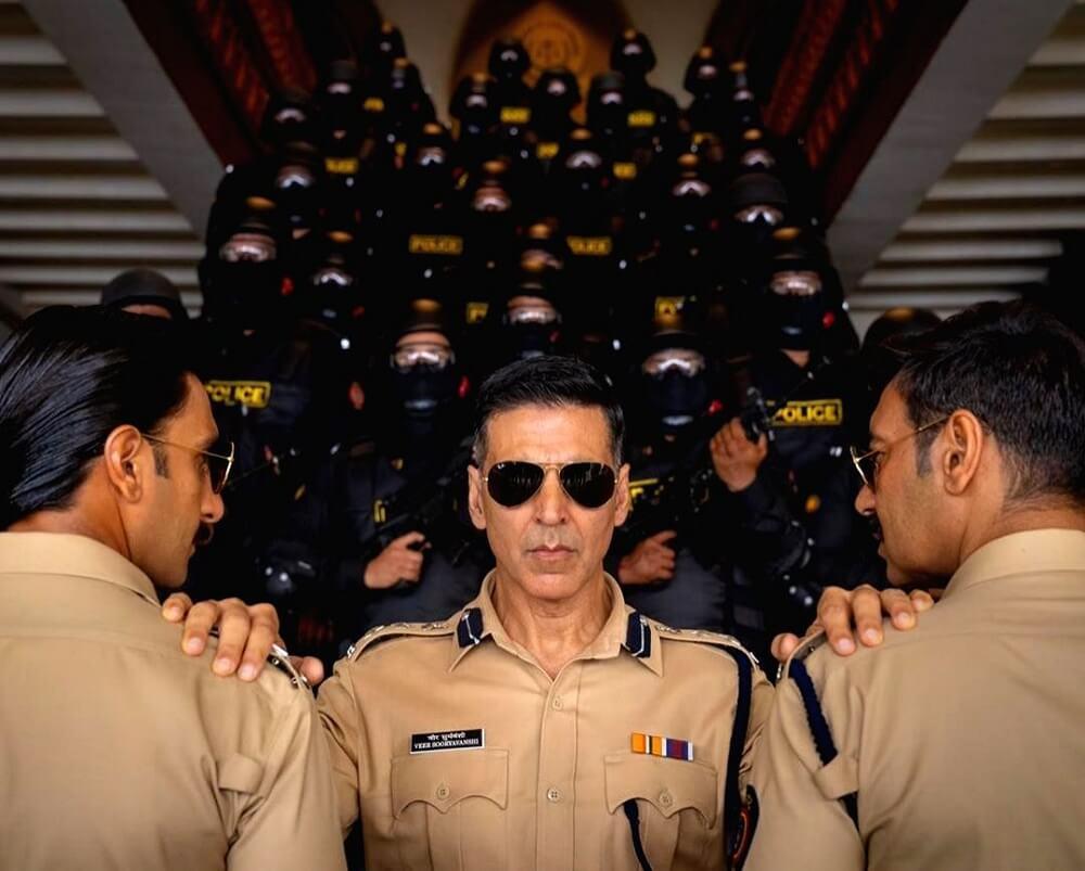 actor-akshay-kumar-police-aa-rahi-hai-featured-image-verbena