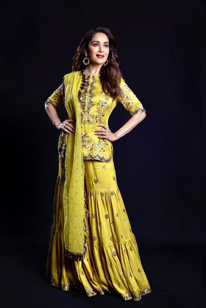 Madhuri Dixit Outfit 2